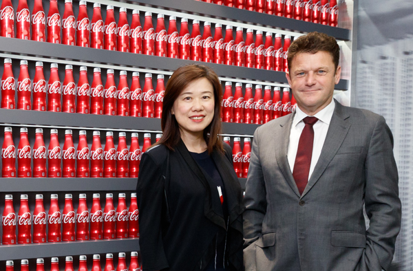 Swire Beverages' Managing Director, Pat Healy and Executive Director – China Operations, Karen So.