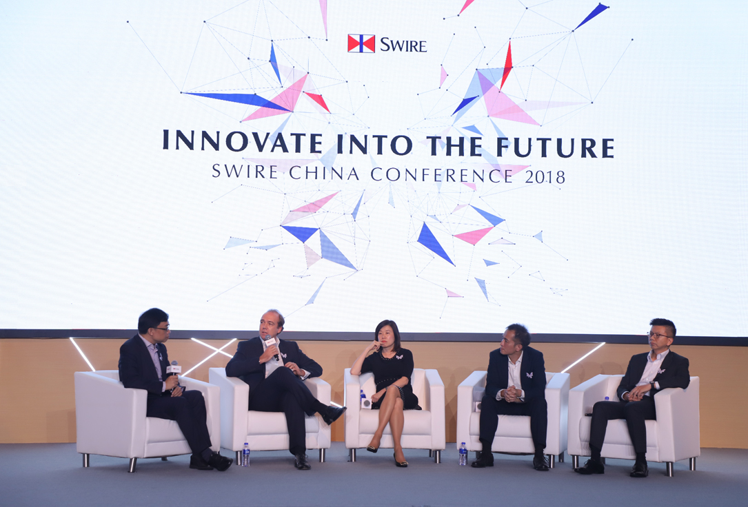 Senior directors, Tim Blackburn, Karen So, Derrick Chan and Ronald Lam discussed how digital technology is shaping the way the Property, Beverages, Trading & Industrial and Aviation divisions are doing business, during a panel discussion chaired by John Swire & Sons (HK) Limited Director Public Affairs, James Tong (far left).