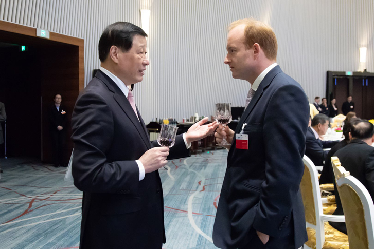 Mayor of Shanghai, Mr Ying Yong, with Merlin Swire