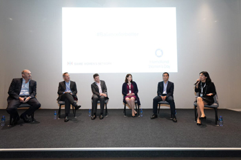 (Left to right) Swire Properties Chief Executive, Guy Bradley, Cathay Pacific CEO, Rupert Hogg, Swire Coca-Cola Managing Director, Pat Healy, HAECO Group Director Finance, Rebecca Sharpe and Swire Pacific Director Trading & Industrial, Derrick Chan exchanged views on gender diversity and inclusion.