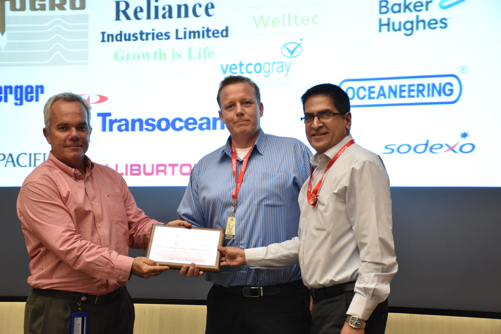 (Left to right): Mr Claudio Tigre Maia, RIL Drilling Superintendent, presents the award to Chris Thor Illum, SPO's Regional Manager, HSEQ and Nithin Menon, SPO's Country Manager, India.